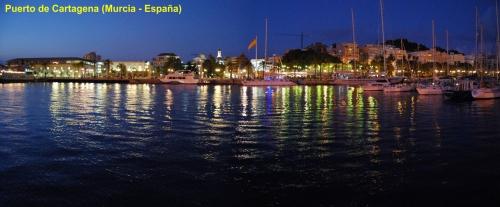 Puerto de Cartagena de noche