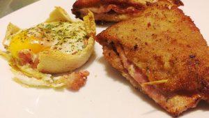 Huevo al horno en tartaleta de pan de molde